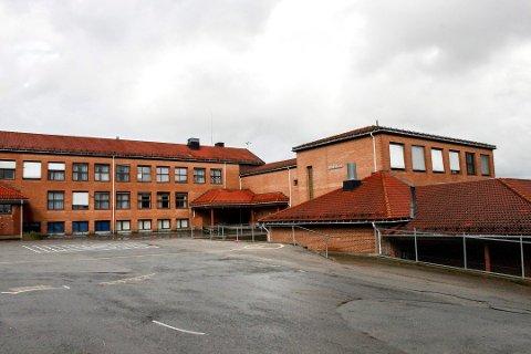 ELEV SMITTET: Én elev på 3. trinn ved Rud skole i Rælingen har lørdag teste positivt for koronaviruset.