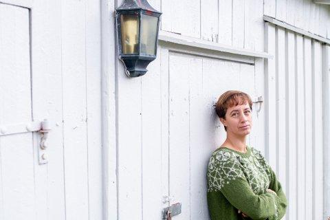 Bettina Fossberg, kommuneoverlege i Lillestrøm, har fire barn i alderen 12-19 år. En test på fredag viste at ett av barna har fått korona.