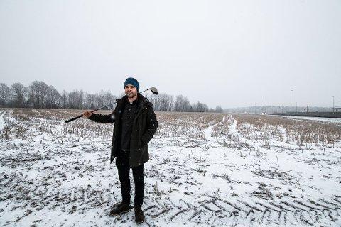ENDELIG GRØNT LYS: Lillestrøm Golfklubb og leder Øyvind Wahl har fått tillatelse til å utvide golfanlegget like inntil Fetveien i Lillestrøm.