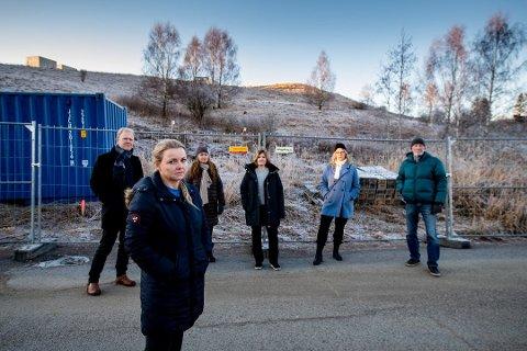 PROTESTERER: Naboene på Kjeller, her med Anette Hemmingby, har klaget på avgjørelsen om utbyggingsprosjektet. Nå er klagene avvist.