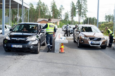 VIL ÅPNE I JULA: Et kontroversielt forslag om å åpne svenskegrensa har kommet.