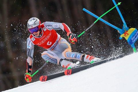 JAKTER SEIER: Henrik Kristoffersen i Garmisch Partenkirchen.