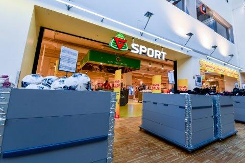 SLUTT: Noen endelig dato er ikke fastsatt, men de 20 ansatte ved G-Sport på Metrosenteret har fått beskjed om at varehuset avvikles.