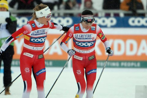 From left, Therese Johaug and Heidi Weng of Norway in action, during the women's cross country skiing 4 x 5 km relay, at the FIS World Cup Lahti Ski Games 2020 in Lahti, Finland, Sunday, March 1, 2020. (Markku Ulander/Lehtikuva via AP)
