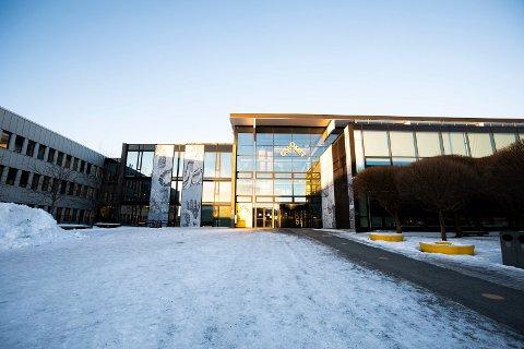 AVLYSER: Studentene som holder til i OsloMets lokaler på Kjeller må holde seg hjemme fra torsdag. De ansatte blir anbefalt å jobbe hjemmefra.