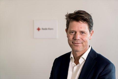 TAR INGEN SJANSER: Generalsekretær Bernt G. Apeland i Røde Kors.