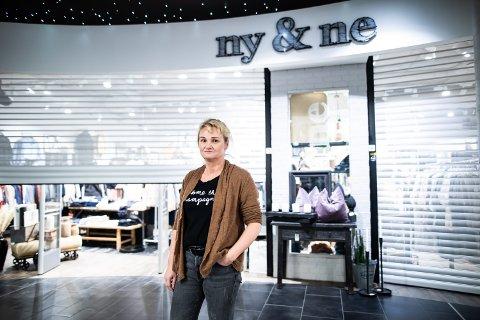 STENGER DØRENE: Guro Foss Haneborg i Ny & Ne forteller at butikken ikke kan holde dørene åpne i korona-krisen.