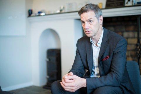 Nils Morten Huseby, administrerende direktør i IFE, erkjenner at de ikke har vært gode nok på rutiner og praksis tidligere.