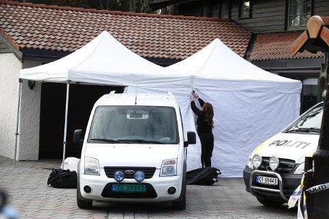 NYE UNDERSØKELSER: Kort tid etter at Tom Hagen ble pågrepet, satte politiet i gang med nye undersøkelser både i ekteparets bolig, og Hagens arbeidsplass på Rasta.