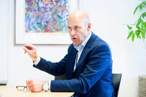 HAR PLANENE KLARE: Ahus-direktør Øystein Mæland sier sykehuset er bedre forberedt på en eventuell ny bølge av Covid-19-pasienter nå enn man var i begynnelsen av mars.