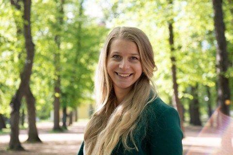 VIKAR: Ida Lindtveit Røse blir vikar for Kjell Ingolf Ropstad mens han er i pappapermisjon. Foto: (Østlandets Blad)