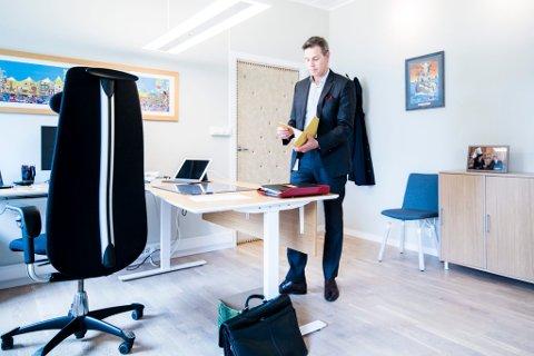 FORNØYD: Administrerende direktør Nils Morten Huseby er fornøyd med utfallet av omstillingsprosessen.