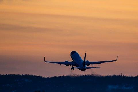 Et fly fra Norwegian letter fra Oslo lufthavn (OSL).