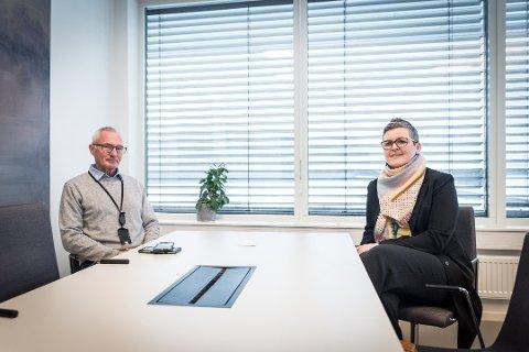 SIER NEI: Kommunaldirektør Gunnhild Grimstad-Kirkeby sier at kommunen ikke kan teste hvem som helst for koronaviruset. Her er hun sammen med kommuneoverlege i Ullensaker Lars Meyer- Myklestad.