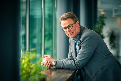 FRA LILLESTRØM TIL LØRENSKOG: Hans Tore Hoff går fra jobben som kommuneadvokat i Lillestrøm til den nyopprettede stillingen som kommuneadvokat i Lørenskog.