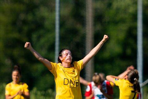 Oslo 20200801.  LSKs Isabell Bachor jubler for seier etter toppseriekampen i fotball mellom Lyn og LSK Kvinner på Kringsjå stadion. Foto: Fredrik Hagen / NTB scanpix