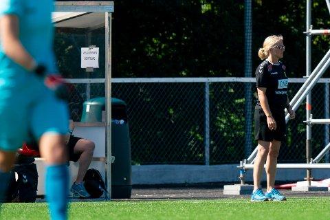 REALITETSSJEKK: LSK Kvinner-trener Hege Riise mener Avaldsnes ville mer enn romerikingene i duellspillet i lørdagens kamp.