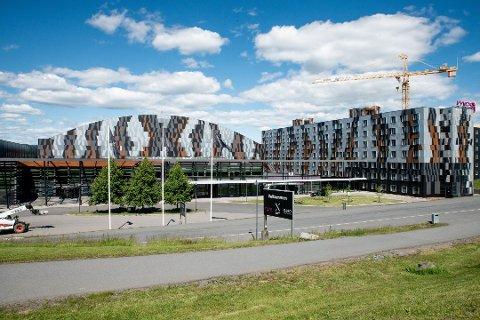 KONKURS: Romerikes største hotell, Moxy Oslo X, og konferansesenteret X Meeting Point på Skjetten.  Foto: Remi Presttun