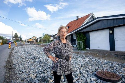 OPPGITT: – Jeg føler at det ikke er min eiendom lenger. Alt er håpløst, sier Lillian Buen.