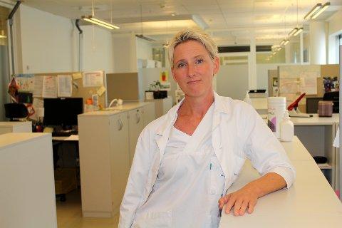 UTENLANDSTUR KAN FÅ KONSEKVENSER: Smittevernoverlege Silje Bakken Jørgensen ved Ahus forteller at alle utenlandsopphold medfører restriksjoner for både besøkende og pasienter.