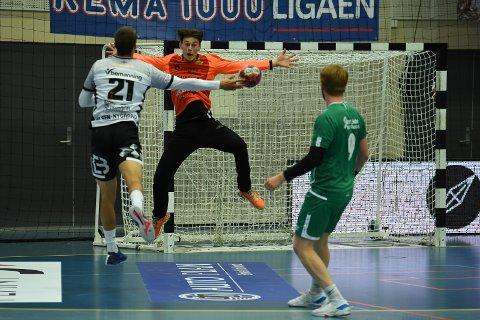 MEGET GOD: Marcus Støen Fredriksen leverte en meget god kamp i Nordstrand Arena søndag, men det holdt ikke.
