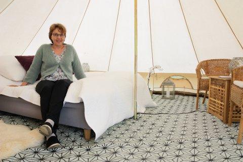 MER Å GJØRE: Siri Hallaren har fått mer å gjøre og har etablert et nytt aksjeselskap midt i koronapandemien. (Foto: Stine Merethe Sparby)