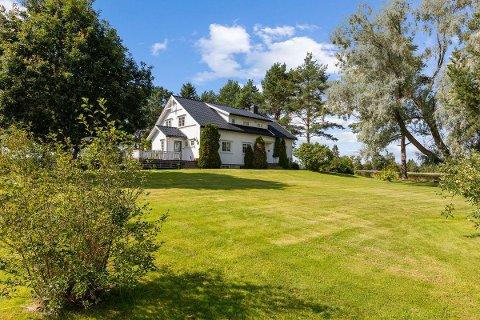 HOVEDHUSET: Våningshuset på Rønnål gård.
