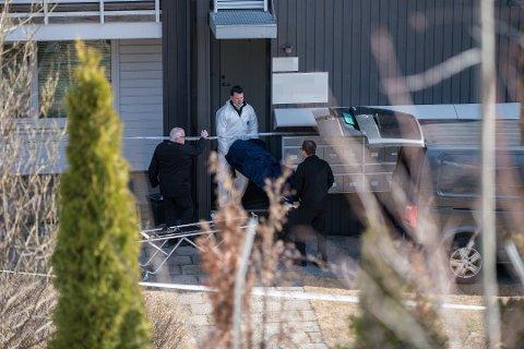 DØMT: Den 33 år gamle kvinnen ble funnet drept utenfor sin egen leilighet på Strømmen. Nå er hennes 32 år gamle tidligere ektemann dømt for drap. Foto: Vidar Sandnes