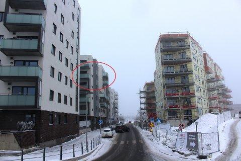 KLAGET PÅ HØYDEN: Beboeren i blokka til venstre klaget på høyden på det nye bygget (t.h.) i Rådmann Paulsens gate.