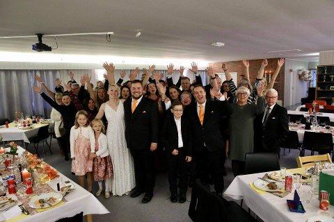 SAMLET: 70-80 personer er invitert for å feire brudeparet lørdag.