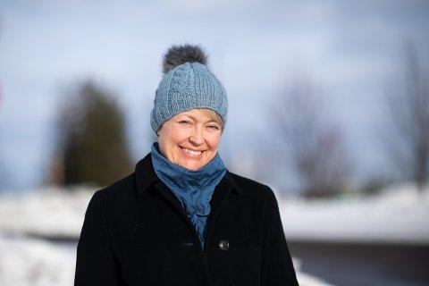 SMILER OPPGITT: Hilde Løkås må fortsatt smile av kommunens regnekunnskaper.