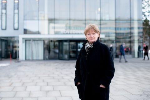 SMITTEREKORD: Ordfører Ragnhild Bergheim i Lørenskog kommune, er bekymret over at smittetallet i kommunen fortsetter å øke.