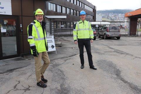 BLE BEKYMRET: Roger Søråsdekkan i Allnex og Tarje Braaten i Dynea ble bekymret når de først så planene for industriområdet i Lillestrøm. De er imidlertid trygge på at kommunen er på deres side i saken.