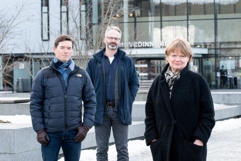 SAMARBEIDER: Ordførerne Ståle Grøtte i Rælingen, Jørgen Vik i Lillestrøm og Ragnhild Bergheim i Lørenskog, forteller at kommunene nå går sammen om å senke terskelen for å teste seg for koronasmitte.