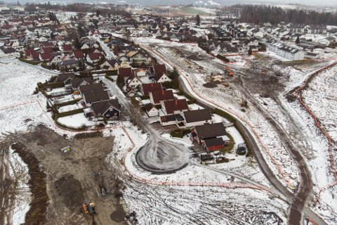ERSTATNING: 14 boligeiere ved Brånåsdalen avfallsdeponi fikk medhold i lagmannsretten etter at de krevde erstatning fra kommunen for tap de mener deponiet har påført boligen deres.