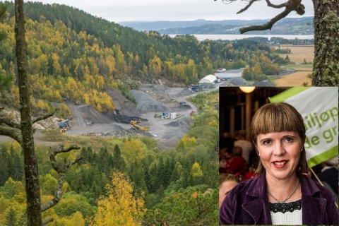 VIL HA OMKAMP: Eline Stangeland (MDG) støtter naboene til det planlagte deponiet på Leirsund i en omkamp mot planene. Nå har hun også fått støtte i formannskapet for en omgjøring av tillatelsen til etableringen fra 2019.