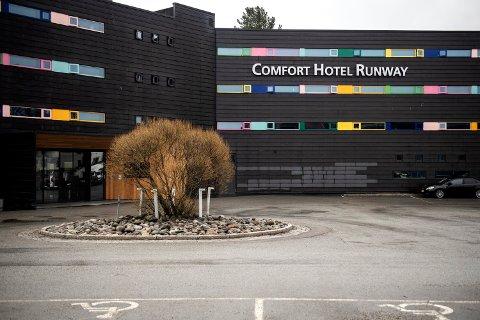 KARANTENEHOTELL: Comfort Hotel Runway er et av karantenehotellene ved Gardemoen for innreisende til Norge.