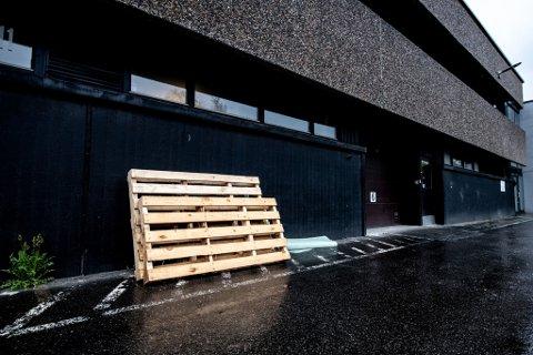 KONKURS: Selskapet, som har hatt kontorer i dette bygget på Visperud, meldte oppbud forrige uke.