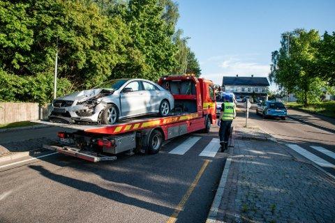 BILJAKT: Mandag 28. juni forsøkte en bilfører å unndra seg en politikontroll.  Etter en vill biljakt krasjet føreren i en annen bil på Kløfta.