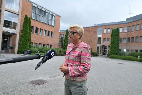 FORSVARER: Advokat Gunhild Lærum forsvarer en av de seks drapssiktede.