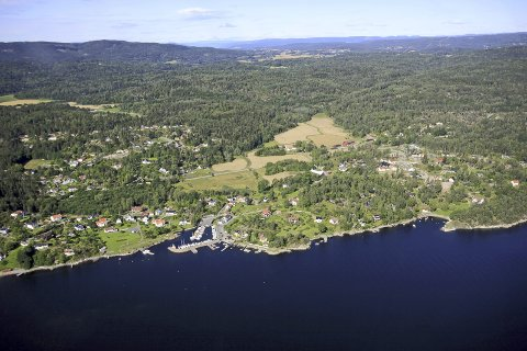 VENTER: I Båtstø venter man fortsatt på at kommunen skal vedta en kommunedelplan.
