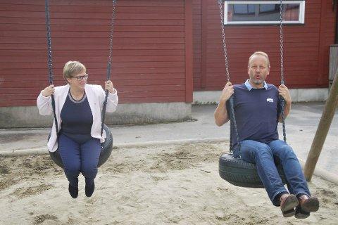 Ordfører Eva Noen Eriksen (H) og leder i oppvekstutvalget, Bjarte Grostøl (H) lovte i valgkamnpen opprusting av Sydskogen skole. Nå kommer de sannsynligvis til å gå inn for bygging av to  nye skoler.