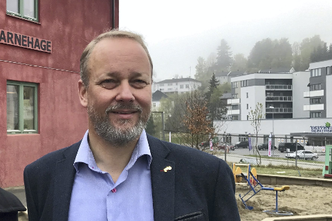 FORNØYD: Bjarte Grostøl sier Ruter AS nå har løst saken om skoleskyss og er fornøyd med at det endelig har kommet til enighet.