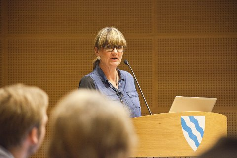 ØKT PENGEBRUK: Kommunalsjef Øydis Jahren sier at den økte pengebruken blant annet skyldes samhandlingsreformen.