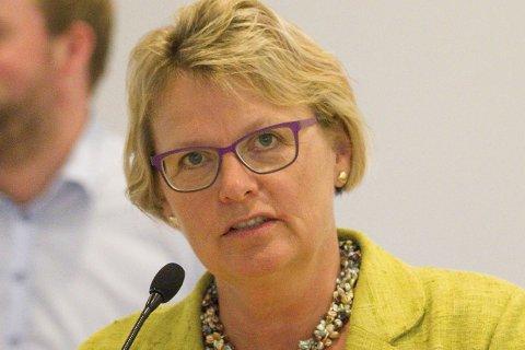 AVVENTE: Hilde-Gunn Sletten fra MDG ville at Røyken skal avvente flyktningesituasjonen i Europe, men fikk ikke flertall.