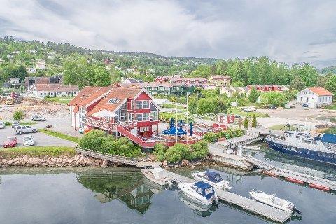 TIL SALGS: Øraveien 14 i Sætre er lagt ut for salg for 13 millioner kroner.