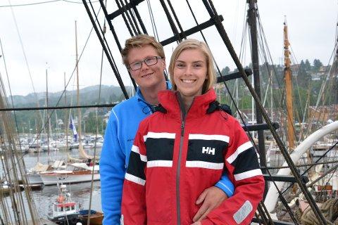 MØTTES OM BORD: Daniel Ingebretsen og Marte Lohne Ruud ble kjent på denne skuta for seks år siden. Selv om Marte nå er gått i land, er hun på jevnlig besøk når Daniel er på jobb.