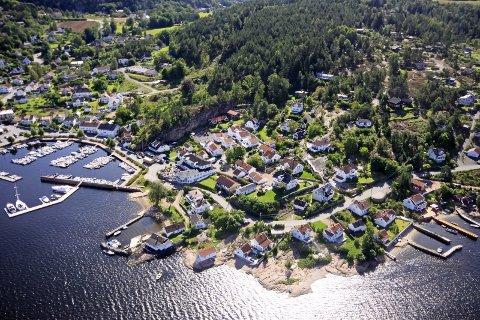 TURISTSTED: Holmsbu og Rødtangen er et yndet sted å tilbringe sommerdagene for mange.