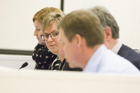 KREVENDE? Ordfører Eva Norén Eriksen (H) kan få det tøft hvis hun må ha et enstemmig kommunestyre.