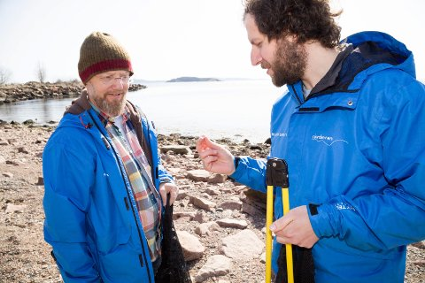 IKKE AVSLAG: Ifølge prosjektleder for Fjorden Ren, Erik Kristoffer Alvegaard (t.h.), har ikke Klokkarstua Nærmiljøsentral blitt tildelt støtte i første omgang - men de har heller ikke fått avslag enda.